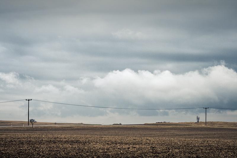 early spring field cloud current line feldauge gimritz